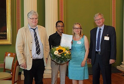 DAAD-Award 2017: Awardee Rana Hore from Bangladesh with Vice Rector Prof. Dr. Wolf Zimmermann, Head of the International Office Dr. Manja Hussner, and DAAD Head of Division Scholarship Policies and Financial Support Dr. Andreas Hoeschen